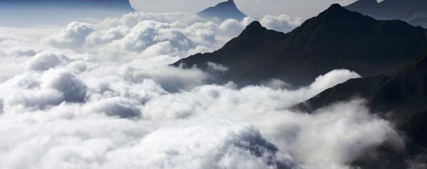 Misty Mountain - Kolukkumalai